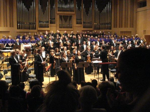 The City of Glasgow Chorus and the Opole Philharmonic Orchestra of Poland. Photo: Douglas Jackson.
