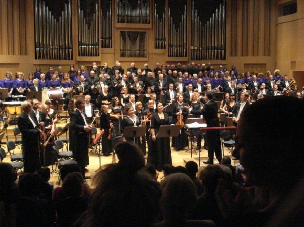 The City of Glasgow Chorus and the Opole Philharmonic Orchestra of Poland. Photo: Douglas Jackson.